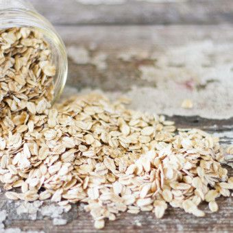 Your Fall Beauty Routine Needs More Oats-Especially If You're Prone to Itchy Skin