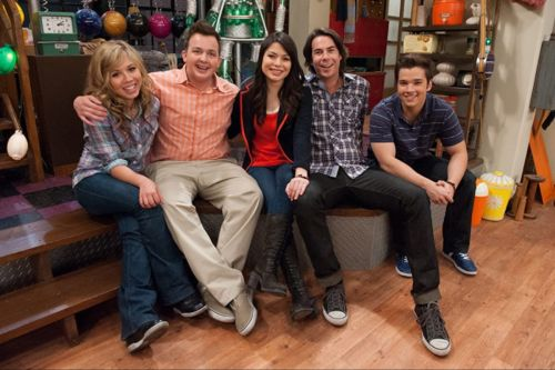 Paramount+'s 'iCarly' Revival: Release Date, Cast, Trailer, & More
