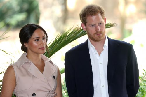 Meghan Markle's Friends Warned Her Not To Marry Prince Harry, So, Awk