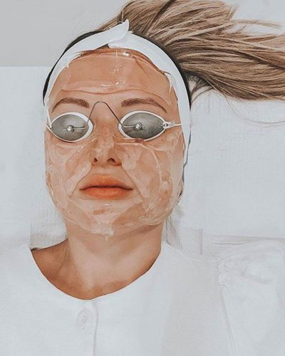 Can Laser Treatments Lighten Acne Scars? We Asked an Expert