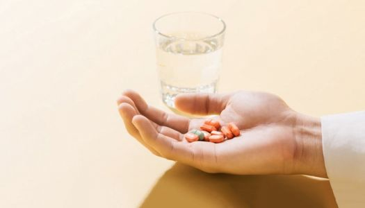 Antibiotic Use Linked To Greater Risk Of Heart Attack And Stroke In Women