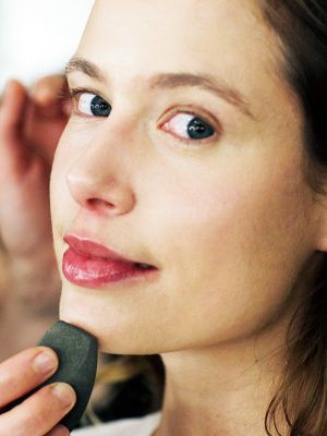 6 Dermatologist-Approved Foundations for Rosacea