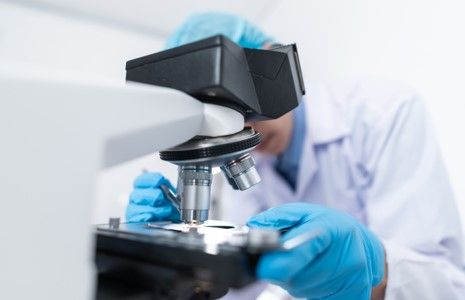 4 Ways Microscopes Have Impacted the Healthcare Field