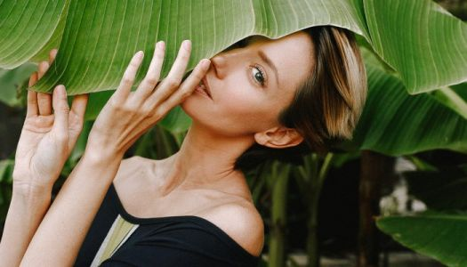 A Holistic Dermatologist On What Healthy Aging Actually Means + 3 Tips