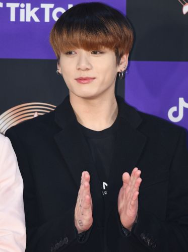 """This Clip Of BTS' Jungkook Singing Suga's """"Dear My Friend"""" Will Break You"""