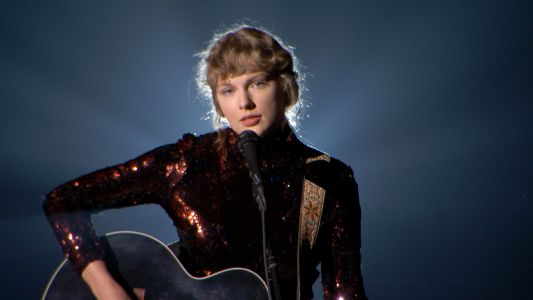 "Taylor Swift's Acoustic Performance Of ""Betty"" At The CMAs Will Pierce Your Soul"