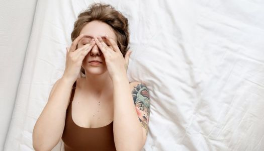 Dealing With Dry Eyes? Here's The Likely Culprit + 4 Expert-Backed Relief Tips