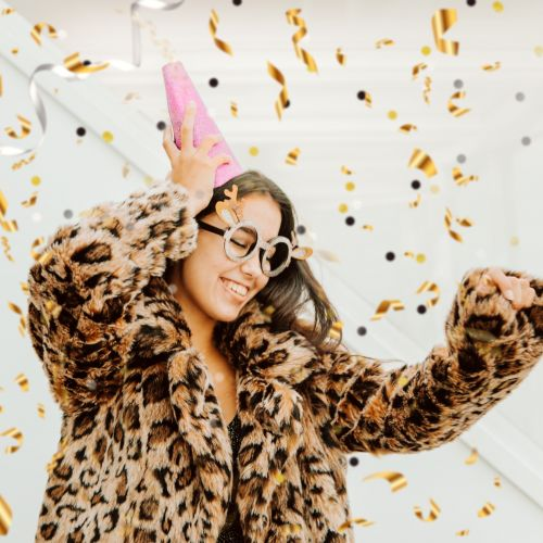 47 Instagram Captions For Your New Year's Eve Dress Pic That Are Extra Chic