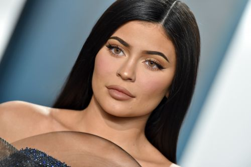 Kylie Jenner's Natural Hair Is A Lot Shorter Than You Think